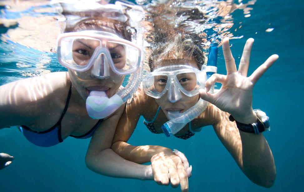 happy-snorkeler.jpg